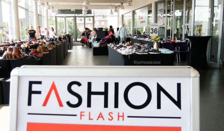 Fashion Flash Event